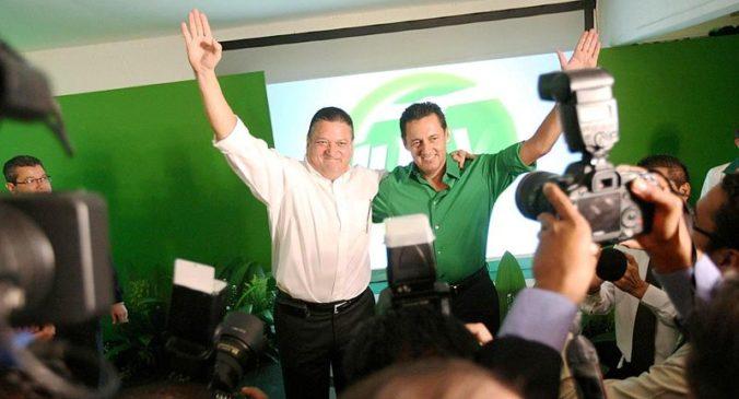 Johnny Araya y Antonio Alvarez Desanti